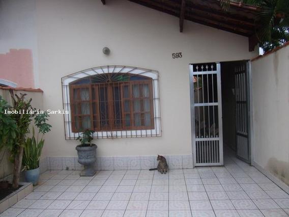 Casa Para Venda Em Praia Grande, Balneário Maracanã, 2 Dormitórios, 1 Suíte, 2 Banheiros, 2 Vagas - 181