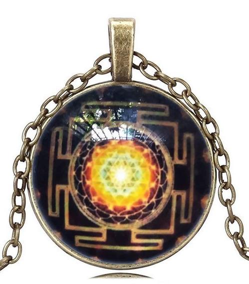 Colar Cabochão Unissex Mandala Fractal Geometria Sagrada