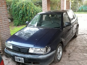 Volkswagen Pointer 1.6 Cli