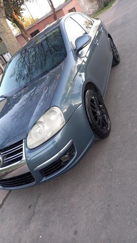 Imagen 1 de 15 de Volkswagen Vento 2009 2.5 Advance 170cv