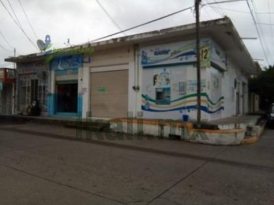Venta Locales Comerciales Col. Chapultepec Poza Rica Veracruz. Ubicados En La Calle Nogal Esquina Palma En La Colonia Chapultepec Del Municipio De Poza Rica Veracruz, Excelente Ubicación, Cuenta Con