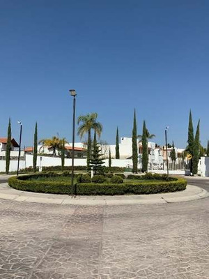 Casa En Fraccionamiento Villas Palmira, Querétaro!