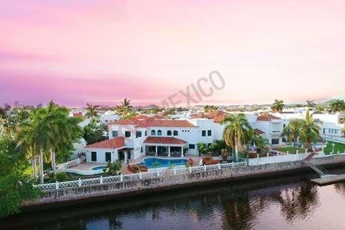 Casa De 4 Recamaras Con Alberca En Marina Del Cid