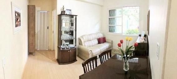 Apartamento Em Rio Branco Com 1 Dormitório - Ot7012