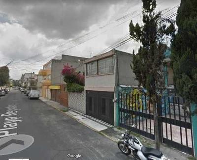 Casa En Venta En Playa Regatas ¡remate Bancario!