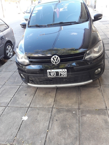 Volkswagen Suran Cross 1.6 Highline 101cv 2012