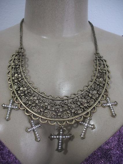 Colar Feminino Metal Dourado Com Cruz Usado Bom Estado