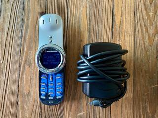 Celular Motorola V70 Motogiro Como Nuevo