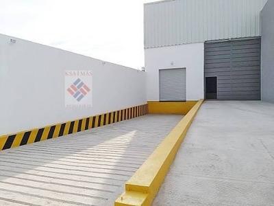 Rento Bodega 800m2 108m2 Oficina Estacionamiento Silao Gto