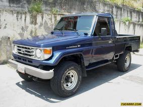 Toyota Macho Pick-up Pick-up