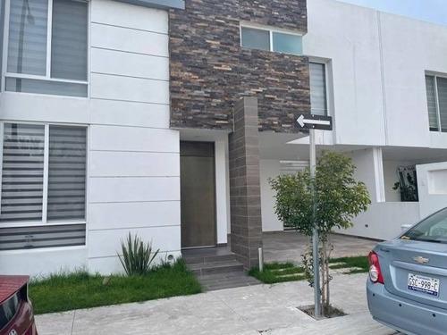 Imagen 1 de 12 de Hermosa Casa En Renta Al Norte