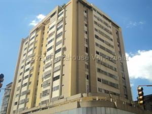 Cl Apartamento En Venta En La Candelaria Mls-21-859