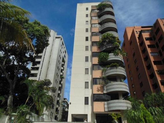 Agradable Apartamento Luminoso Y Con Buena Distribucion