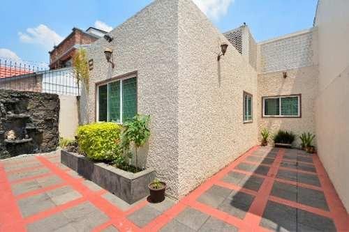 Casa En Venta En Romero De Terreros, Coyoacán. 3 Recámaras, 2 Baños, 2 Autos