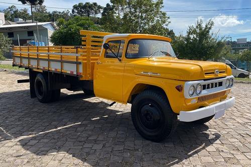 Caminhão Ford F-600 V8 - 1966