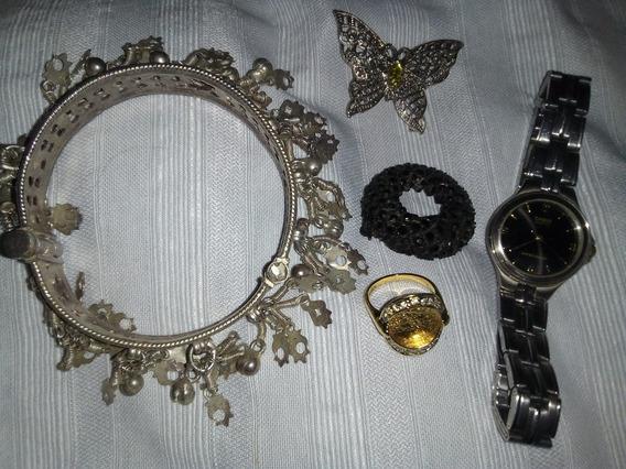 Reloj + Pusera De Dijes+anillo+ Broche+ Obsequio.