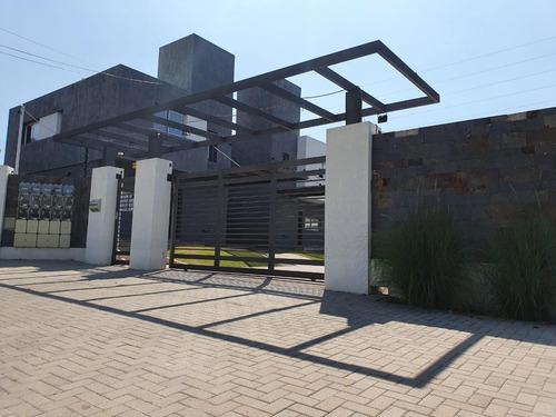 Duplex / Recta Martinolli/ 3 Dormitorios- 3 Banos