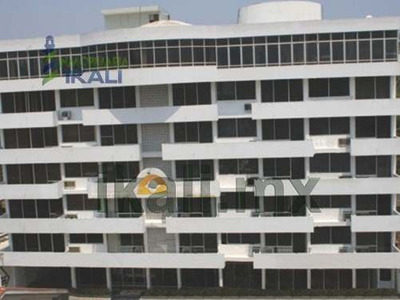 Renta Hotel 79 Habitaciones Centro Tuxpan Veracruz. Se Renta Hotel De 7 Pisos Con 79 Habitaciones Cada Una Con Televisión Y Alfombra De Los Cuales 5 Suites Incluyen Cocina, Sala, Comedor Y Camas King