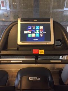 Esteira Technogym Jog 700 C/ Tv