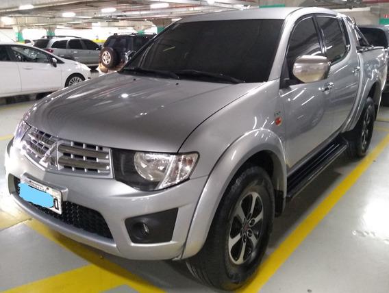 L200 Triton 3.2 Hpe 4x4 Diesel - Mitsubishi
