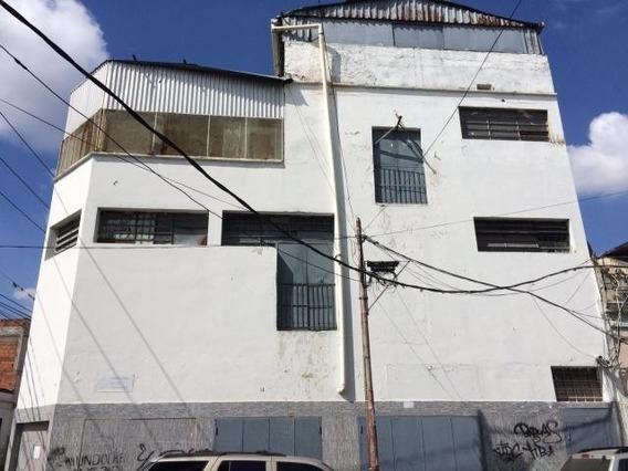 Local En Alquiler Miguel Marcano #19-545 Cementerio