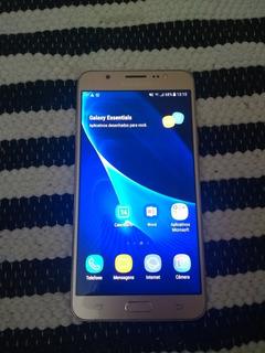 Smartphone Samsung Galaxy J7 Metal