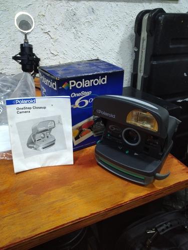 Imagem 1 de 1 de Polaroid One Step 600 Máquina Fotográfica Na Caixa