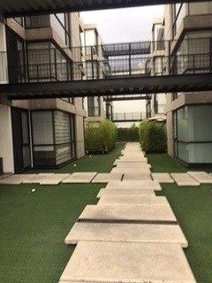 Conjunto Con Gimnasio, Roof Garden Común Y Salón De Eventos