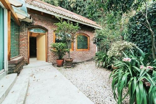 Preciosa Casa En Cond En Renta Con Amenidades En Bosques.