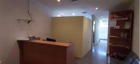 Oficina En Reda Building. Wc