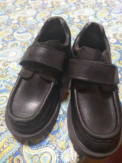 Zapatos Escolares Marcel Con Abrojo Talle 30 Color Negro