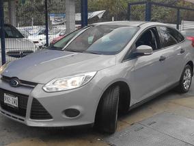 Precioso Auto Ford Focus 2.0 Ambiente L4 Man Mt 2014