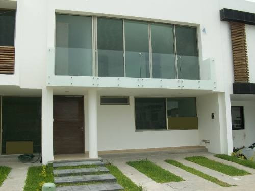 Casa En Venta Punto Sur Tlajomulco De Zuñiga $ 4´300,000.00