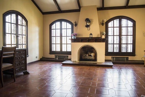 Casa En Venta 7 Ambientes Martinez
