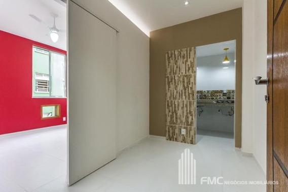 Apartamento Padrão Com 1 Quarto - Vd21013-v