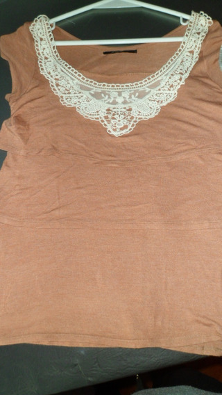 Remera Akiabara Impecable Talle 2