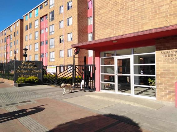 Apartamento 3 Habitaciones 2 Baños 49.26 Mts Parqueadero
