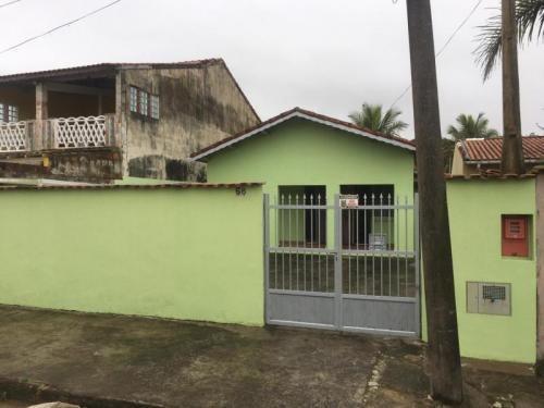 Imagem 1 de 14 de Casa Pertinho Do Mar Na Cidade De Itanhaém - 6818 | A.c.m