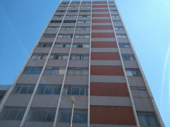 Apartamento Para Venda No Centro Em Montes Claros - Mg - Ap12