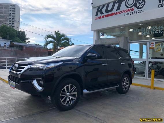 Toyota Fortuner Vrx + 2018
