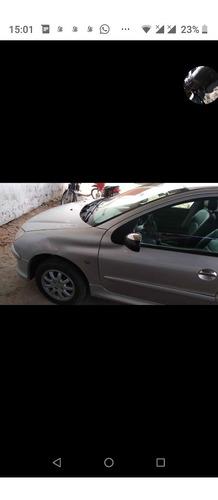 Imagem 1 de 9 de Peugeot 206 2007 1.4 Presence Flex 5p