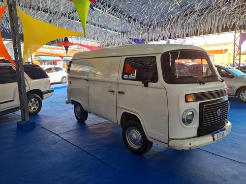 Imagem 1 de 10 de Volkswagen Kombi Furgao