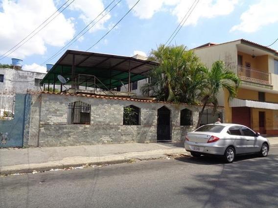 Casa Comercial En Venta En El Centro