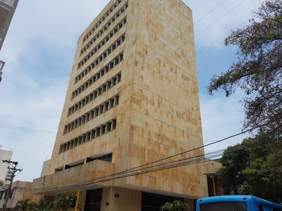 Se Vende Oficina En Centro Histórico Santa Marta.
