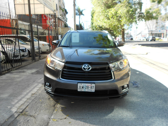 Toyota Higlander Tratadita
