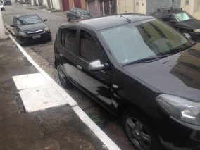 Renault Sandero 1.0 16v Tech Run Hi-flex 5p 2014