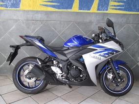 Yamaha R3 Linda Azul