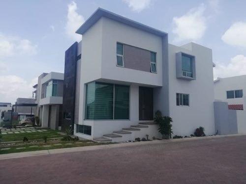 Hermosa Casa En Renta Amueblada Al Norte