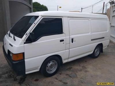 Mitsubishi Panel L300