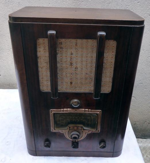 Radio Antigo De Madeira Rca Valvulado 8t2 - Leia Descricao